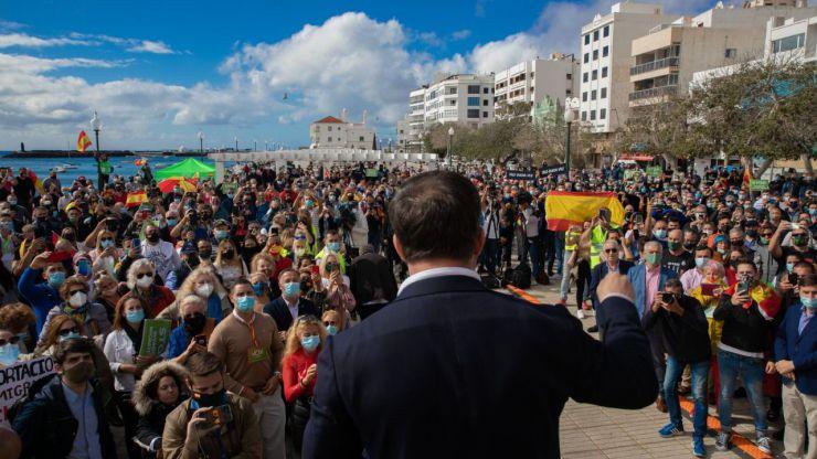 Abascal pide al Gobierno