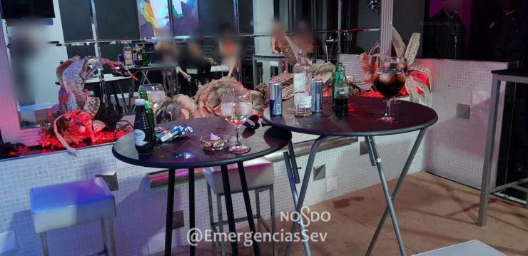 Denuncian a 55 personas por celebrar una despedida de soltero en un prostíbulo de Sevilla