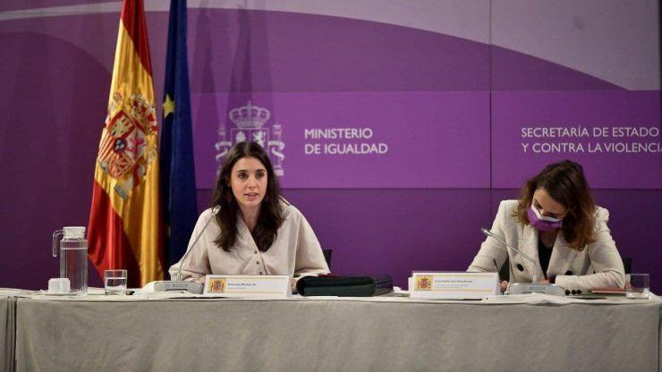 Montero fija el 2021 como el año 'clave' para la 'implementación de las políticas públicas feministas'