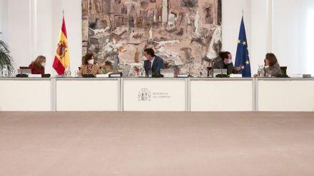 El Consejo de Ministros congela el salario mínimo hasta que haya acuerdo en el diálogo social