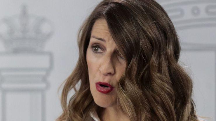Yolanda Díaz también pide que Salvador Illa abandone Sanidad pese a que el PSOE mantiene su postura