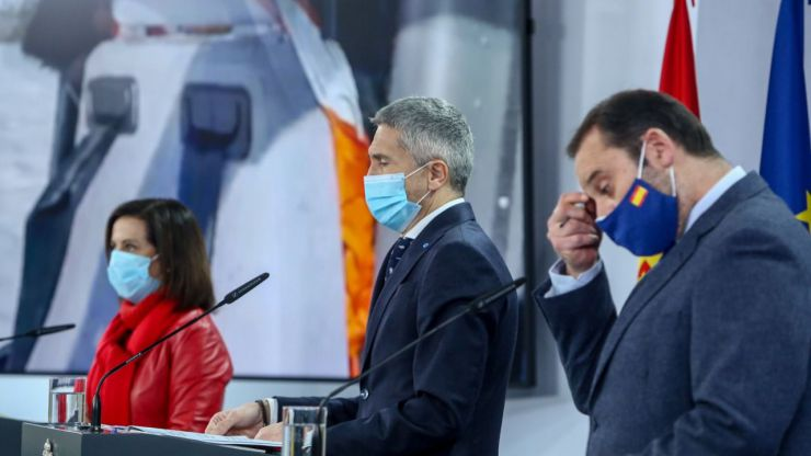Rifirrafe público entre los socios de Gobierno desde Moncloa