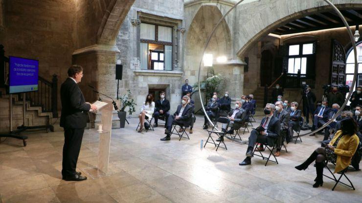 La Comunitat Valenciana cierra la hostelería y limita el comercio hasta las 18 horas