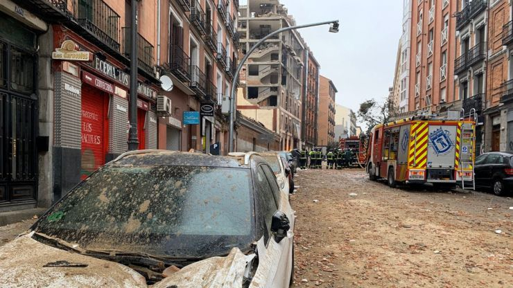 Explosión en el centro de Madrid: Al menos dos muertos, un edificio destrozado y cientos de personas desalojadas
