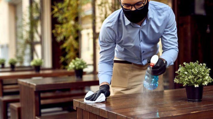 Madrid suaviza restricciones y amplía el número de comensales en terrazas