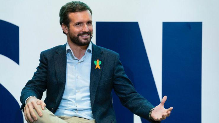 Casado responde a la ofensiva del PSOE sobre Bárcenas recordando que 'Sánchez tiene tres ministros de los ERE'