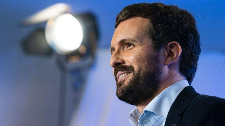 Casado 'desmonta' a Illa, al PSOE y a Vox y se muestra contundente ante el 'caso Bárcenas'