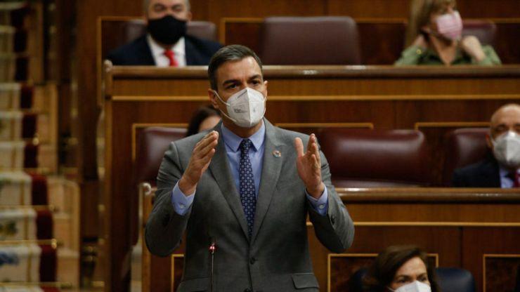 Sánchez defiende en el Congreso de los Diputados que España es una 'democracia plena'