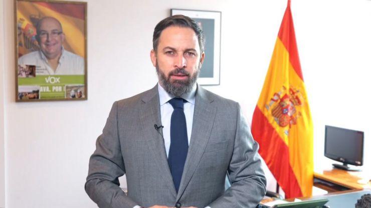 Abascal: 'Sánchez tiene que irse a su casa hasta que la justicia le siente en el banquillo'