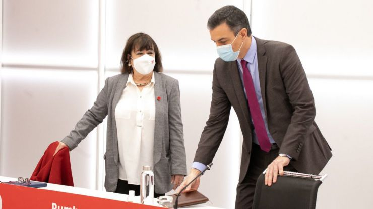 Narbona denuncia que el PP se siente incapaz de llegar a acuerdos 'porque tienen miedo de VOX'
