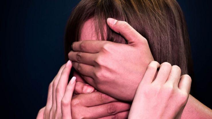 19 años de prisión por violar, maltratar y humillar a su esposa