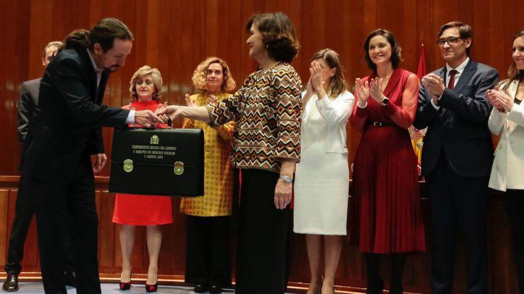 Carmen Calvo se muestra molesta ante tanta queja por parte de sus socios de Gobierno