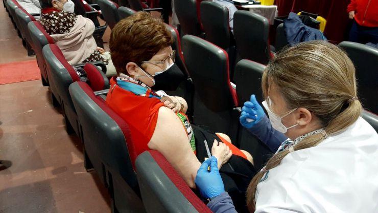 Ceuta reanudará la vacunación a los mayores a partir del 22 de marzo por falta de dosis