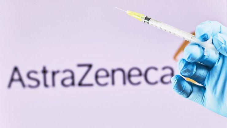 ¿Por qué se ha suspendido la vacuna frente a la COVID-19 de AstraZeneca?