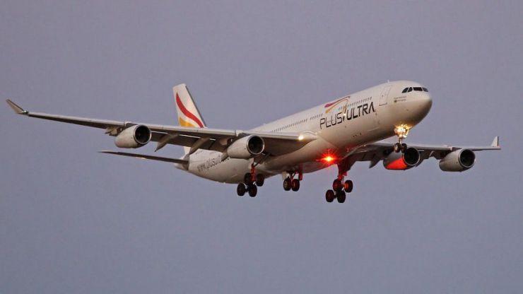 El PP a Ábalos: ¿Por qué beneficia a Plus Ultra y deja tiradas a Iberia y Air Europa?