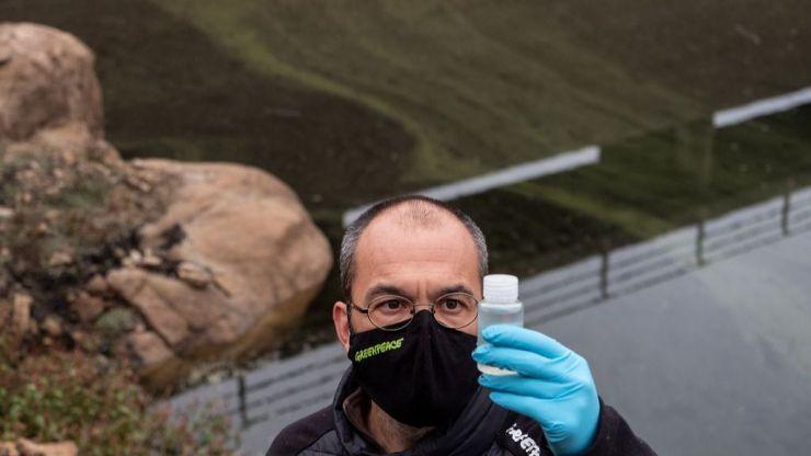 'Sin agua no hay pueblos': La última acción de Greenpeace