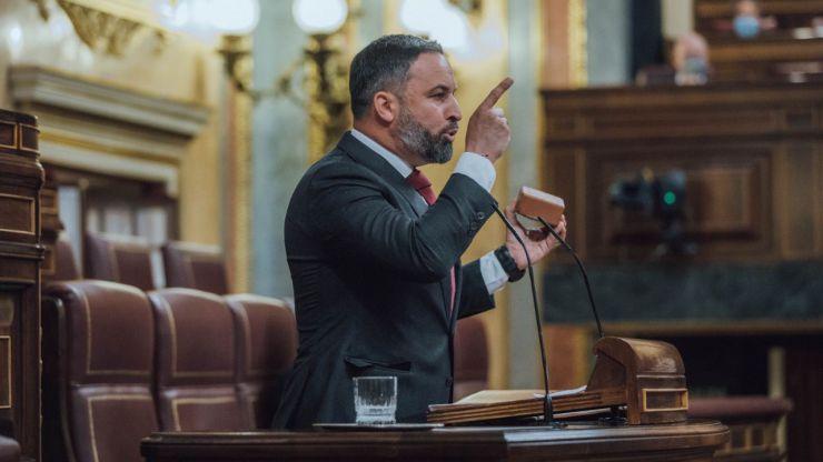 Abascal exige a Sánchez
