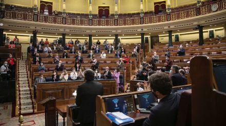 Sánchez acusa a Casado de sembrar dudas sobre los fondos de recuperación