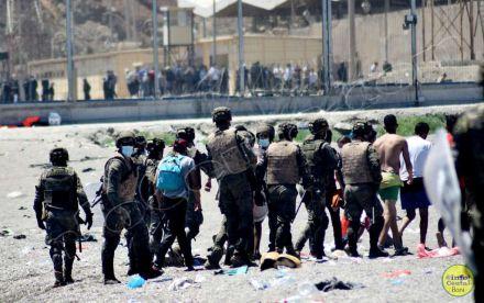 Marruecos contesta: La avalancha en Ceuta es culpa del Ramadán