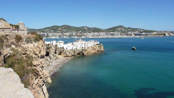 Ibiza: Vanguardia y esencia bohemia