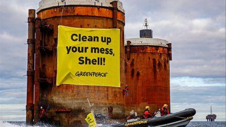 Veredicto histórico: Un tribunal holandés ordena a Shell que reduzca radicalmente sus emisiones de CO2