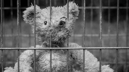 Prisión permanente revisable a la madre que mató a puñaladas a su hijo recién nacido en Gijón