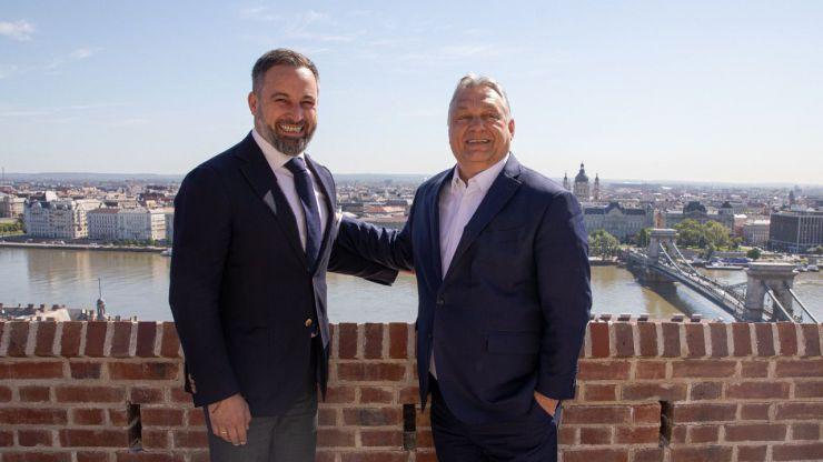 Abascal se reúne con el primer ministro húngaro: