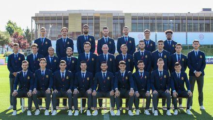 Así luce la delegación española en la Eurocopa con el nuevo traje oficial