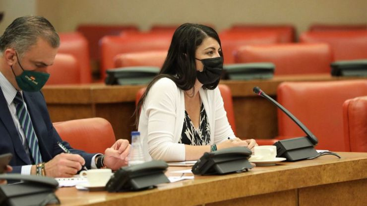 Olona responsabiliza a Marlaska de que Cataluña retrasara la vacunación de los policías
