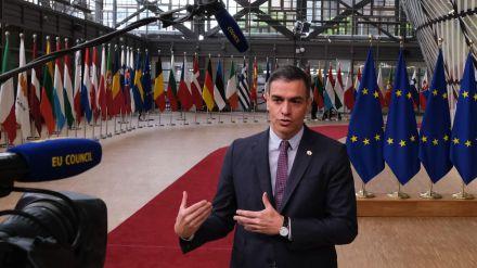 Sánchez avanza un anteproyecto de ley LGTBI que será presentado en el próximo Consejo de Ministros
