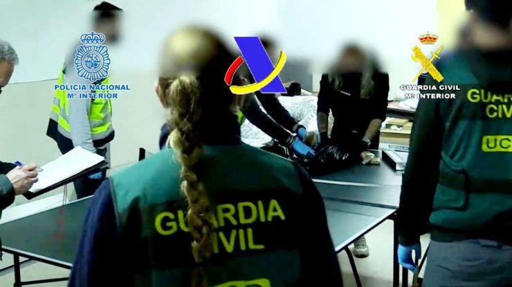 65 detenidos: Pretendían introducir en todo Levante 12 toneladas de hachís con narcolanchas