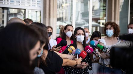 Arrimadas defiende que Ciudadanos 'es un partido que gobierna bien y cumple con sus acuerdos'