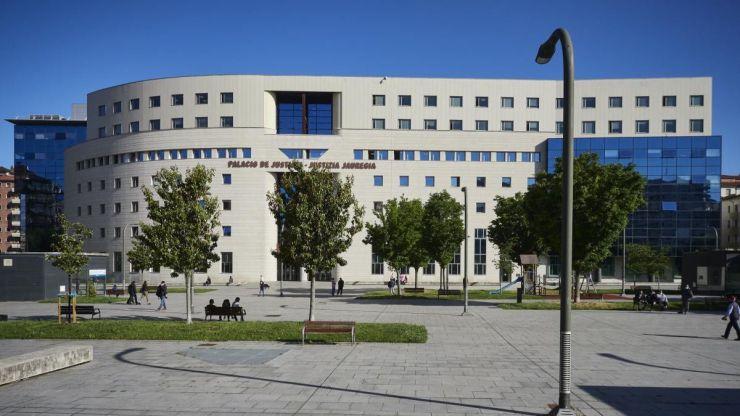 17 y 16 años de prisión por violación grupal a una joven discapacitada en Navarra