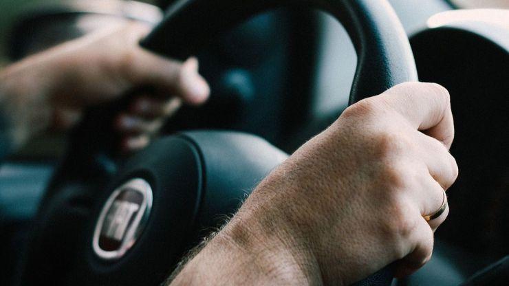 Tu manera conducir puede revelar signos tempranos de alzhéimer