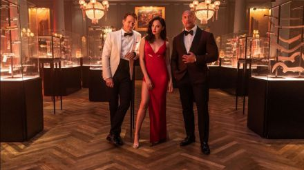 Trío de ases: Netflix une en 'Alerta roja' a Dwayne Johnson, Ryan Reynolds y Gal Gadot