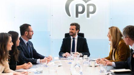 El PP cierra filas en torno al liderazgo de Casado pese al auge irrefrenable de Ayuso entre sus votantes
