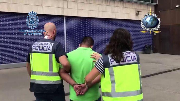 Dos fugitivos detenidos: Uno por violar y dejar embarazada a una menor y otro por asesinato