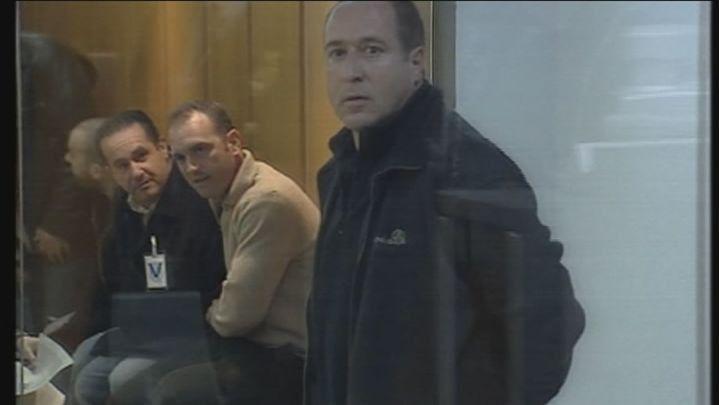 El juez ratifica el homenaje al preso de ETA Parot pero pide a las autoridades medidas contra el enaltecimiento del terrorismo