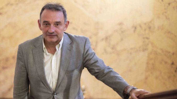Enrique Santiago:
