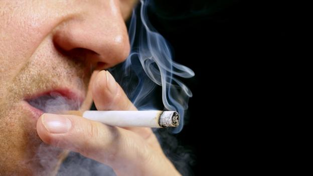 Fumar cuesta siete veces más que hace 25 años