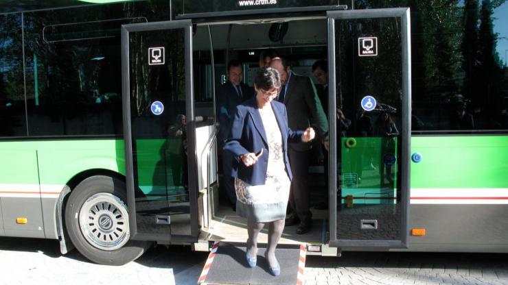 Los nuevos servicios de autobús a su paso por La Cabaña entrarán en funcionamiento el 23 de abril