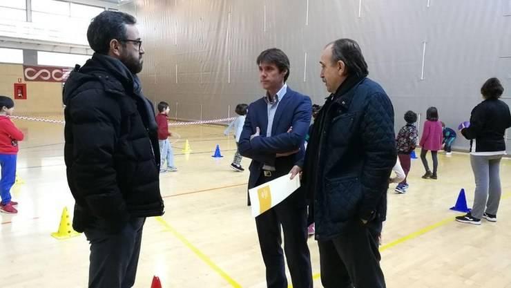2.000 escolares participan en las Mini Olimpiada de Navidad del Distrito Casco Antiguo en Sevilla
