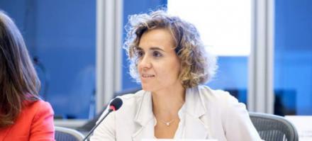 Dolors Montserrat eleva a la Comisión Europea el descuadre de cifras del Covid-19 por parte del Gobierno de España