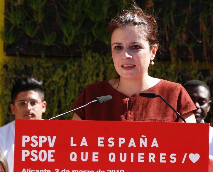 """Adriana Lastra: """"Pablo Casado es un torrente de mentiras y crispación"""""""