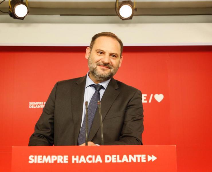 """Ábalos: """"Los españoles y españolas han pinchado en las urnas la burbuja de la extrema derecha"""""""