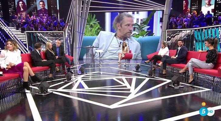 Telecinco acierta al relegar 'GH Revolution: El debate' al late night y lidera la noche