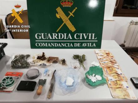 Cuatro detenidos por venta de drogas en Ávila y El Tiemblo