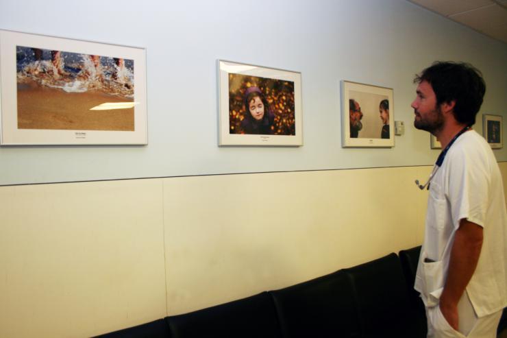 El Peset decora sus espacios de Oncología con imágenes