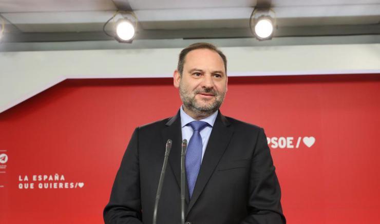 """Ábalos: """"Pedro Sánchez entablará las conversaciones necesarias para recabar los apoyos que se precisen"""""""