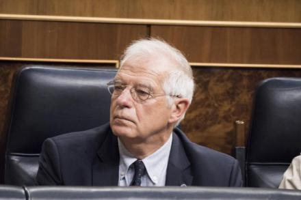 Borrell renuncia a su acta de eurodiputado y seguirá como ministro de Exteriores